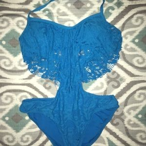 Worn once Kenneth Cole bathing suit